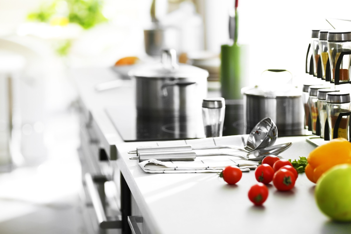 Keep The Kitchen Clean And Healthy During And After Cooking
