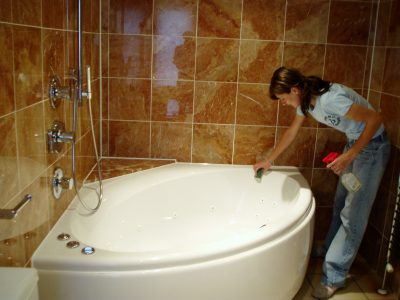 Bathroom Cleaning Services based in London