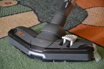 carpet cleaning in a London house
